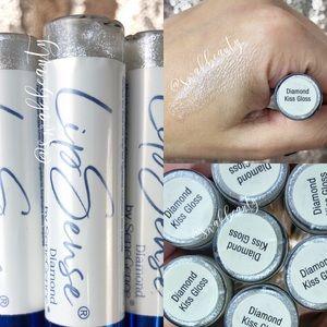 New Sealed Diamond Kiss Lipgloss LipSense